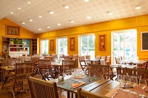 salle_restaurant_bar